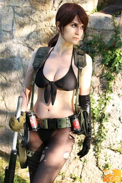 MGS5 - Quiet Cosplay