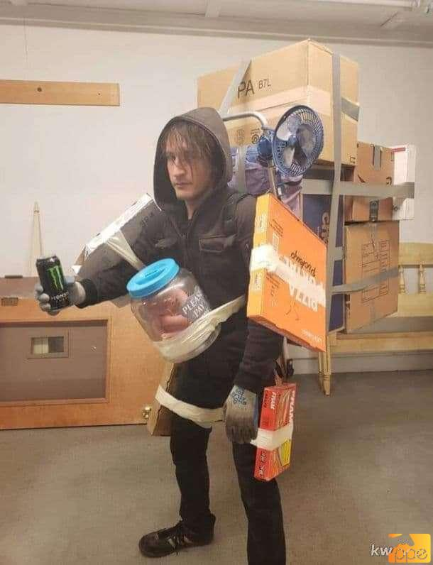 Death Stranding cosplay