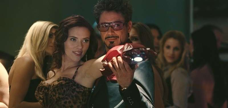Tony Stark w Black Widow