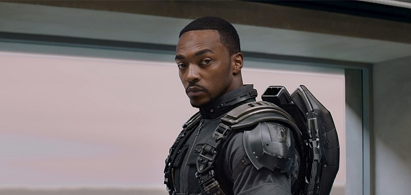 Marvel Cinematic Universe. Anthony Mackie, aktor grający Falcona, krytykuje studio za rasizm