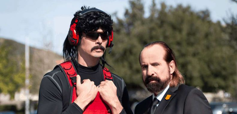 Call of Duty: Black Ops 4. Dr DisRespect i The Replacer w komicznej reklamie