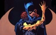 Batgirl torpeduje Jokera w Injustice: Gods Among Us